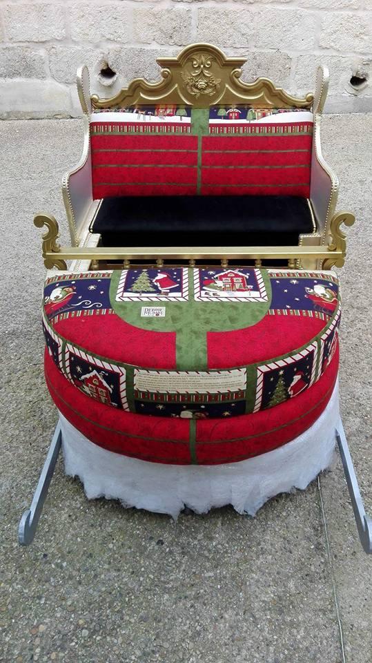 relook art tapissier art garnisseur traineau du pere noel 4 atelier relook 39 art tapissier. Black Bedroom Furniture Sets. Home Design Ideas